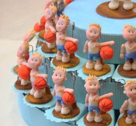 bomboniere comunine basket su torta