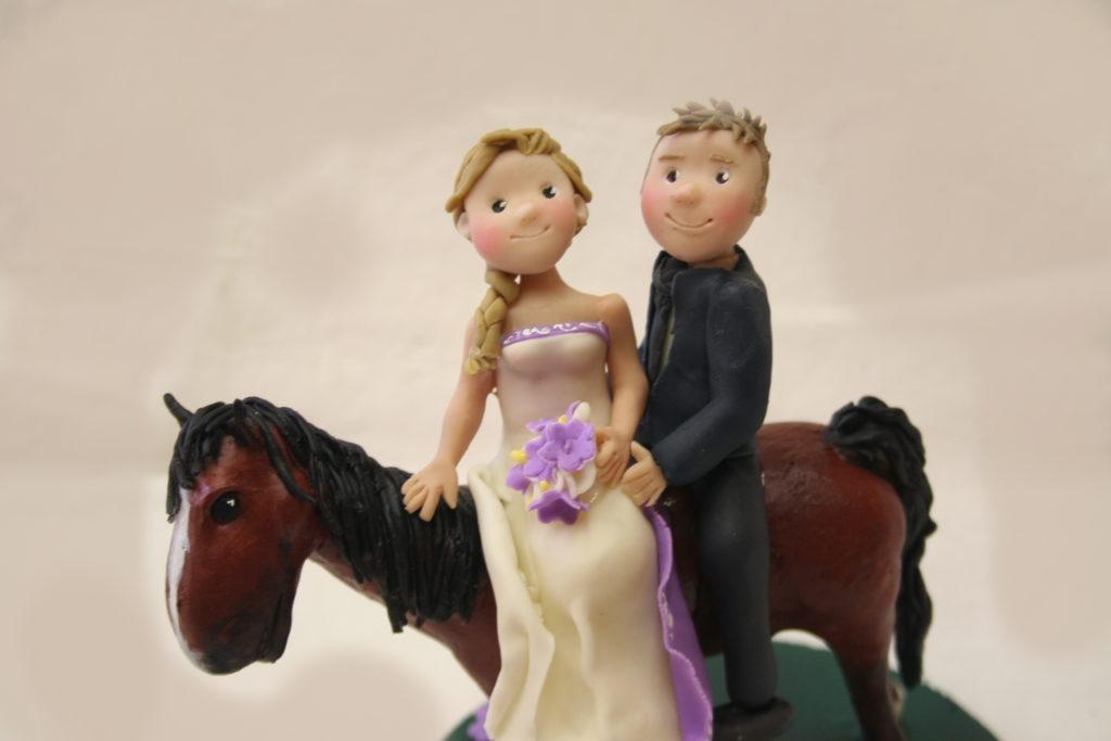 cake topper con cavallo 1