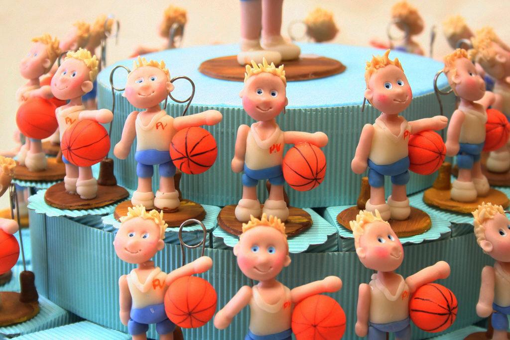 dettaglio bomboniere comunine basket torta
