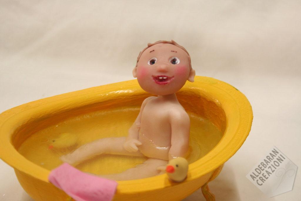 primopiano bimba nella vasca