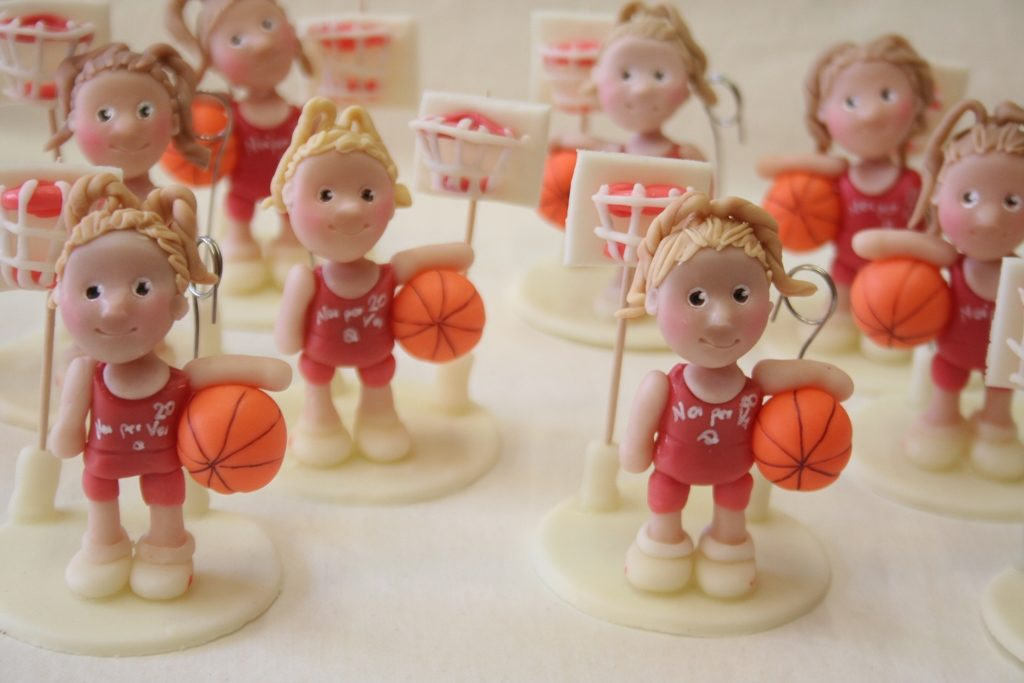 statuina basket bimba