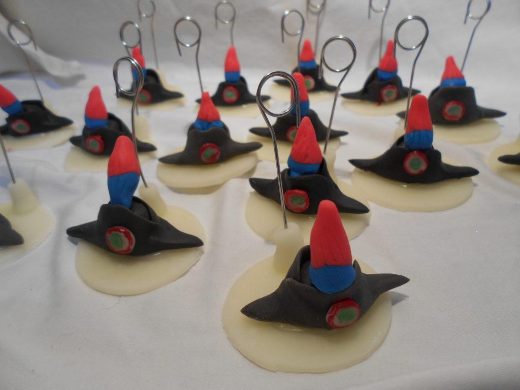 cappello pennacchio carabiniere segnaposto