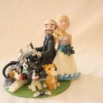 sposini per torta, personalizzati, su Harley Davidson, con 3 cani!
